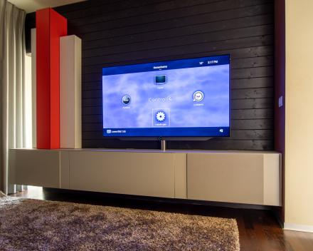 Homecinema compleet ontwerp - Loewe Bild 7.65 - maatwerk meubel - TDG luidsprekers